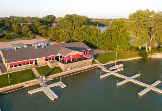 LakeShore Marina Bar & Grille available at online auction - Nov. 8-14