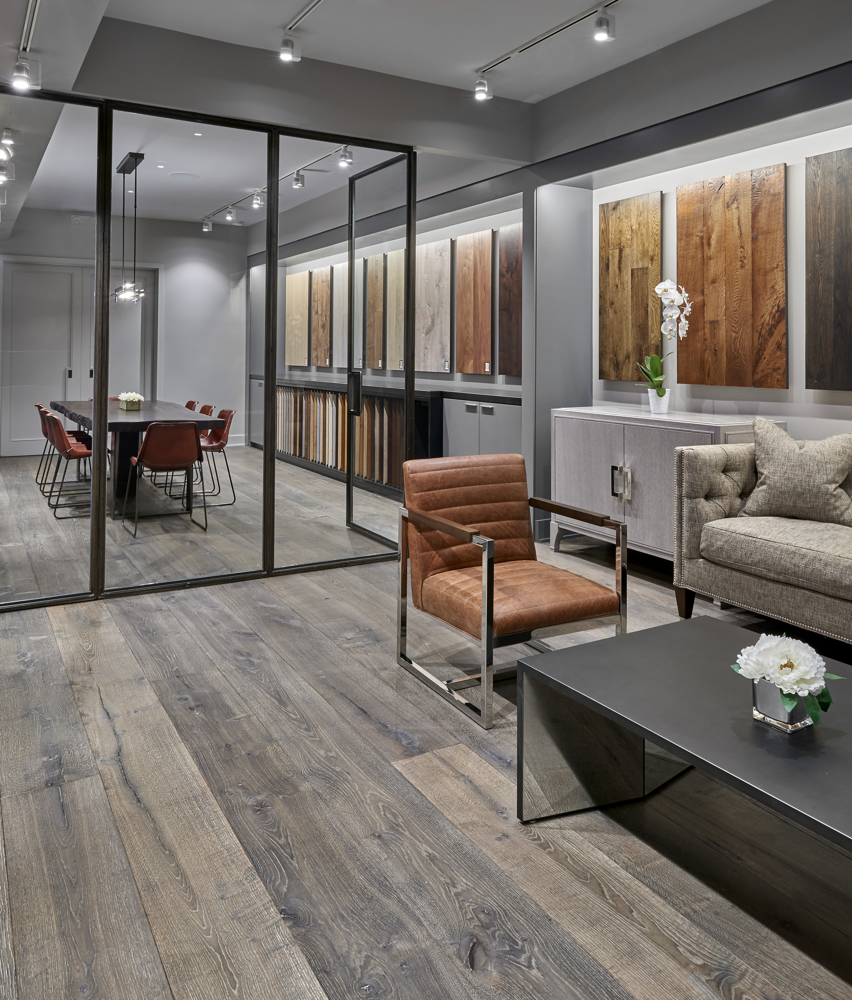Apex wood floors opens new showroom and design center in for Flooring chicago